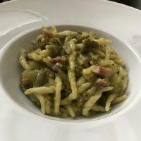 Trofie con pesto, patate, pancetta e fagiolini