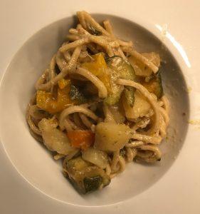 spaghetti con spezzatino di pollo (2)